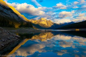 Lake in Canada by eleephotography